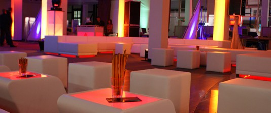 LED Tische mieten