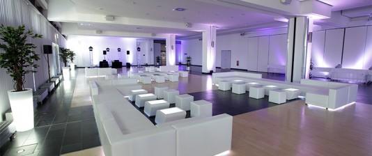 Loungemöbel für Events mieten