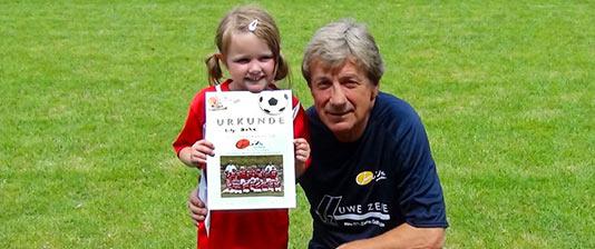 Fußballschule mit Frank Mill